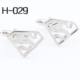Wholesale Men s accessories Fashion Cufflinks High Quality Cufflinks For Men Cuff Links Wholesales Pierced Superman