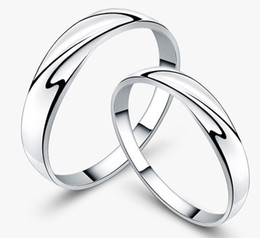 Wholesale 18K White Gold Plated Sterling Silver Charms Austrian Crystal Wedding Couple Rings Freeshipping