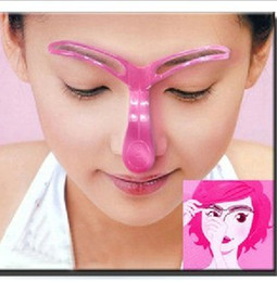 Wholesale Perfect Professional Eyebrow Template Stencil Shaping DIY Tool eyebrow stencil shaper eyebrow kit
