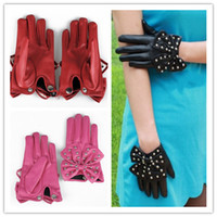 Wholesale Fashion Women Rivets Butterfly Soft Leather Bow Ladies Gloves F gifts Black Red Pink