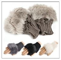 Wholesale Fashion Lady Girls Rabbit Fur Hand Wrist Warmer Winter Fingerless Gloves