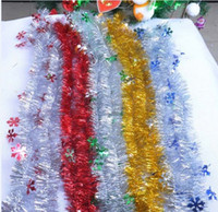Wholesale Best Christmas Decoration Supplies Festive Party Decorative Christmas Tree Flower Wreaths Ribbon with star snow leaves Garland striped gifts