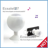 Wholesale Fashion Mini Portable Octopus Golf Ball Silicone Speaker Subwoofer w Sucker Cup Suction Stand for iPhone C S S4 iPod Smartphone PC