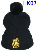 Nueva Llegada Negro Últimos Reyes de punto Gorros sombreros Fresco con Pom de oro del logotipo de los Hombres de Punto de Lana de Invierno Gorras Beanie sombreros tmt LC CHICO de INVIERNO GORRAS