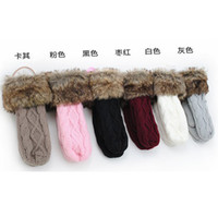 Wholesale Lovely Girls Mittens Knit Twist Thick Gloves Winter Warm Gloves For Woman Christmas Gift For Her HO1001