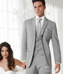 Wholesale Brand New Groom Tuxedos Light Grey Notch Lapel Best Man Groomsman Men Wedding Suits Prom Form Bridegroom Jacket Pants Tie Vest Hanky J110