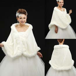 Wholesale 2013 Stunning Bridal Capes Ivory Wedding Jacket Faux Fur Perfect For Winter Wedding Dress Swing Coat Z001 dhyz
