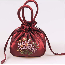 Wedding Favor Holders handmade Ribbon embroidery candy bags gift jewelry egg Satin silk bag handbag colorful