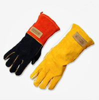 Wholesale Thick BBQ gloves heat resisting and fireproofing gloves outdoor BBQ gloves in good protection