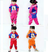 Wholesale Supreme lovely cartoon children clothing set girl suit autumn spring long sleeve hooded coat and pants sets