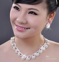 Wholesale Hot Sale Pearl Necklace Set Gold Plated Clear Crystal Top Elegant New Arrival Birthday Gif