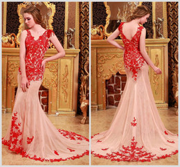 Wholesale Light Lace Veil - Sexy Best Selling 2016 Modest Beaded Prom Dresses V neck Lace Appliques Champagne Evening dresses Get 1 Free Veil sku036