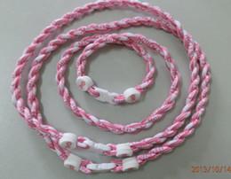 Ruban rose sein à vendre-Levée de fonds en gros Lot 50 Tornado Twist ruban rose Collier cancer
