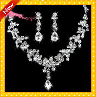 Wholesale 2014 Fashion New Arrival Flowers Earring Neck Romantic HOt Tow Pieces Crystals Wedding bridal Jewelry Set Dress Accessories