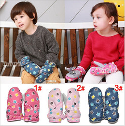 Wholesale baby winter mittens boy girl kids gloves cute comfortable elastic sound making KTJ A0014