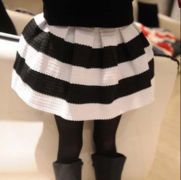 Wholesale Fashion Clothes Princess Skirts Tutu Skirt Children Clothing Casual Skirts Pleated Skirt Girls Cute Black White Stripe Skirts Kids Skirt