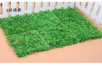 Wholesale Artificial plastic grass mat home wedding decoration styles available