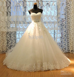 2016 New Sweetheart Neck Bridal Gown Applique Crystal Beaded Sash Lace Tulle Chapel train A-line Wedding Dresses