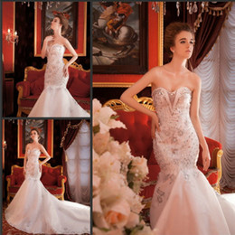Wholesale Crystle Beaded Sweetheart Mermaid Sexy Wedding Dresses Luxury White Bridal Gowns Free Veils Sweep Train Garden Buy Get