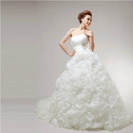 New Real Sample White Organza Sweetheart Ball Gown Lace-up Cathedral Train Empire Ruffles Beaded Wedding Dresses