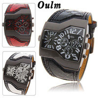 Wholesale Fashion OULM Russian Army Military Dual Time Zones Mens Sports Wrist Watch Black PU Leather Strap White Number Dial Quartz Analog Hours
