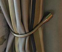 Wholesale of Home Hardware European Wall Hook Curtain Buckle U shaped Curtain Hooks