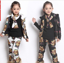 Wholesale 3 Set Children s Thicken Keep Warm Hoodies Sets Girl s Fashion Tiger Printing Training Suit Set S1021
