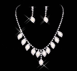 Wholesale Cheap Shiny Full Set of Rhinestone Necklace Earrings in Stock
