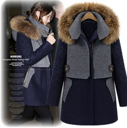 Wholesale 2013 New Arrival Women s Long Sleeves Raccoon Fur Hooded Collar Cotton Filling Zipper Closure Winter Fashion Woolen Coats