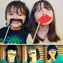 Wholesale Photography Mask Birthday Props Moustache Glasses Lips Bow Tie Hat Pipe Face Card Paper with Bamboo stick for Weding Party