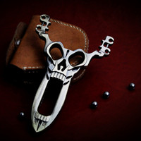 Wholesale Cool Skull Design Skull Design Pocket Alloy Powerful Hunting Catapult Slingshot Geninue Leather Steel Ball Ammo Pouch Bag