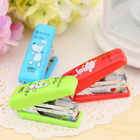 Wholesale 5 cm Cartoon Rainbow Dolls MINI Staplers Color Cute Stationery Office Supplies SH163
