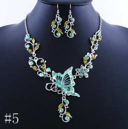 Wholesale Hot Sale Colors Butterfly amp Flower Necklaces Earring Charming Beautiful Crystal Banquet Jewelry SD062