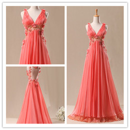 Wholesale Beautiful Flowers Sweep Train V neck Evening Dress Sheath Column Backless Prom dDresses with Lace And Pleating starsdress