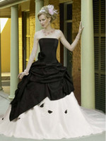 achat en gros de robes noires zuhair murad de mariage-2013 Robes de mariée gothique noir et blanc Cheap Zuhair Murad Robes robe de bal Sweetheart Sexy Castle Corset robe de mariée de mariée