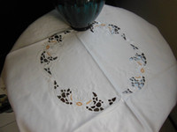 Wholesale Elegant Polyester embroidered flower Table Cloth cm