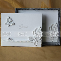Wholesale Bride and Groom Design Wedding Gusetbook in Resin Wedding Guestbook Wedding Ceremony Stuff Supplies