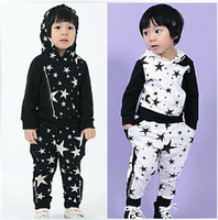 Wholesale 2pcs boys cotton star outfits kids hoodie trousers sets children suits autumn clothing popular garment black white fxygmy