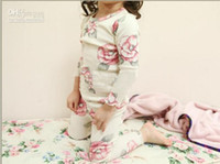 Wholesale Guangdong High Quality Pure Cotton Children Homewear Clothing Set Fall Winter Baby Girls Floral Pajamas Year Kids Set QZ