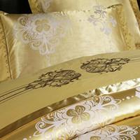 Wholesale Exquisite Gold Pattern Bedding Supplies Silk Floss Jacquard Weave Wedding Four piece Bedding Set DPP_11141