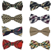 Wholesale 250 Hot sales Fashion Men s Cotton geometric Design Bow ties Designs Men Vintage Wedding party Bow tie pre tie