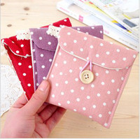 Wholesale 20pcs lotWholesale Korean fresh Polka Dot sanitary napkin package admission package sanitary napkin bags of cottonfree ship