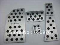 Wholesale Free delivery Hyundai Gen Sonata AT auto gas pedal car brake pedal pad anti slip foot pedal