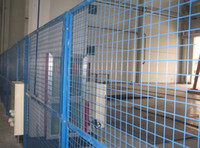 Wholesale China Anping Triangular Wire Mesh Fence Galvanized Iron Material Professional Decorative Mesh Factory