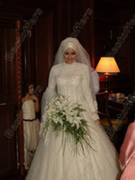 Chapel islamic wedding dress - Long sleeves high collar muslim wedding dress with lace beads crystals fitted on Islamic Wedding Dresses high quality bridal gown