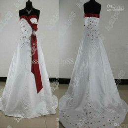 Wholesale Hot Selling Beautiful New Sexy Sweetheart Plus Size Wedding Dresses Satin Embroidery Beads Wedding Dress buy get free veil