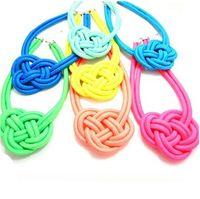 al por mayor collar de cuerda de neón-10pcs / lot venden al por mayor la cuerda de neón libre de los accesorios de manera del envío hizo punto el collar del collar del ahogador de los tieclasps del collar