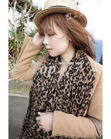 Wholesale christmas new scarf R Autumn and winter Hot cashmere leopard print scarf shawl long leopard scarf