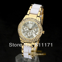 top brand watches online top brand watches for men luxury brand watch women famous top watches shipping gold silver metal band the hours 2013 new items