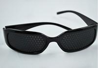 al por mayor vista al por menor-Para los jóvenes y los viejos del Cuidado de la Visión de Pin hole Gafas pinhole Gafas de Ojo de Ejercicio Vista de Mejorar plástico Retail & Mayoristas
